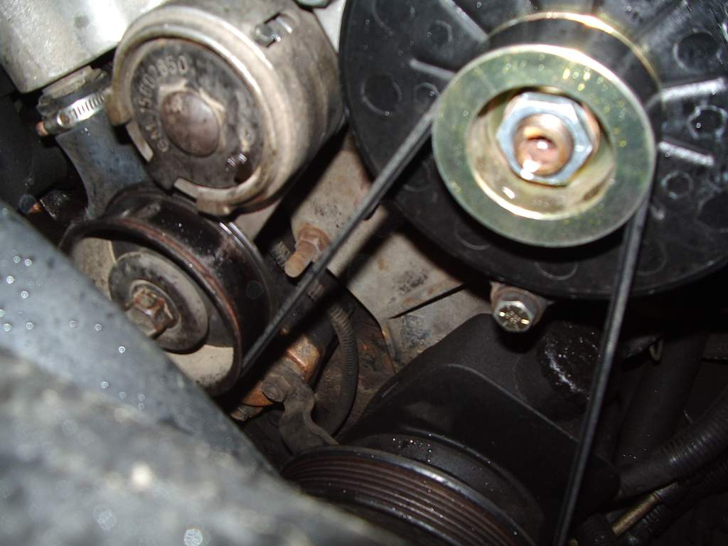 94 6.5 front accessory bracket picture-imgp1179.jpg