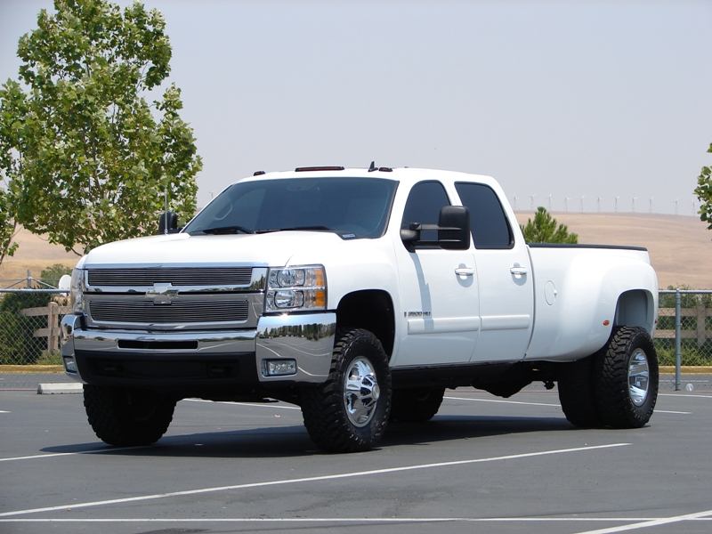 Chevy 3500 Dually Lifted